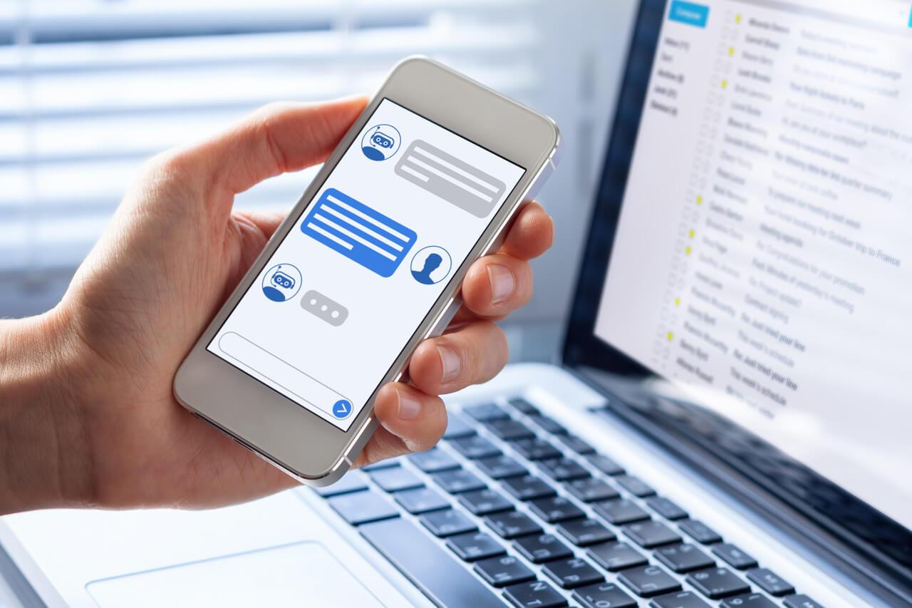 Atendimento ao cliente: vale a pena investir nos chatbots?