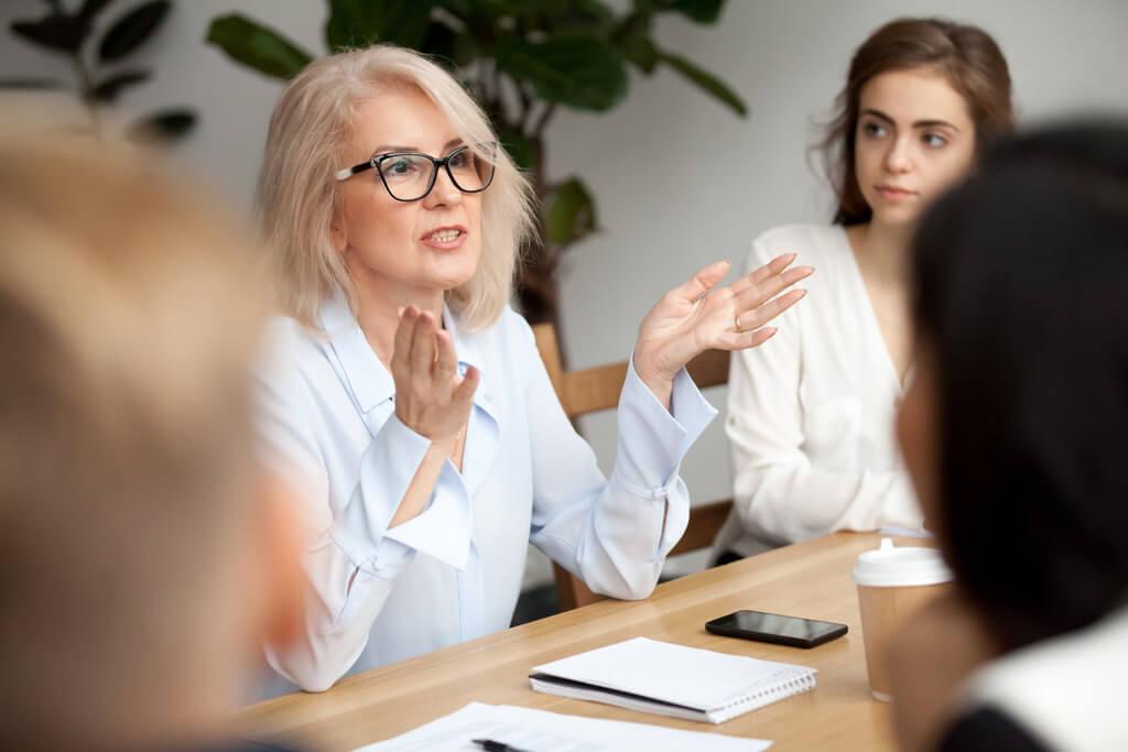 Escola de líderes: saiba como desenvolver competências de gestão